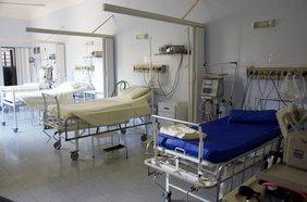 Krankenhauszimmer mit Betten