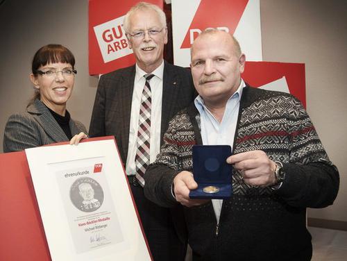 von links nach rechts, Angelika Wagner (DGB-Regionsgeschäftsführerin Region Niederrhein), Andreas Meyer-Lauber (ehemaliger DGB-NRW-Vorsitzender), Michael Rittberger (ehemaliger DGB-Kreisvorsitzender Wesel)
